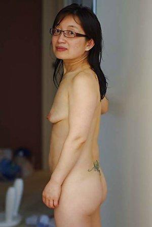 Asian Granny Bdsm - Granny Pics, Granny Porn Pictures, Hot Granny Pussy